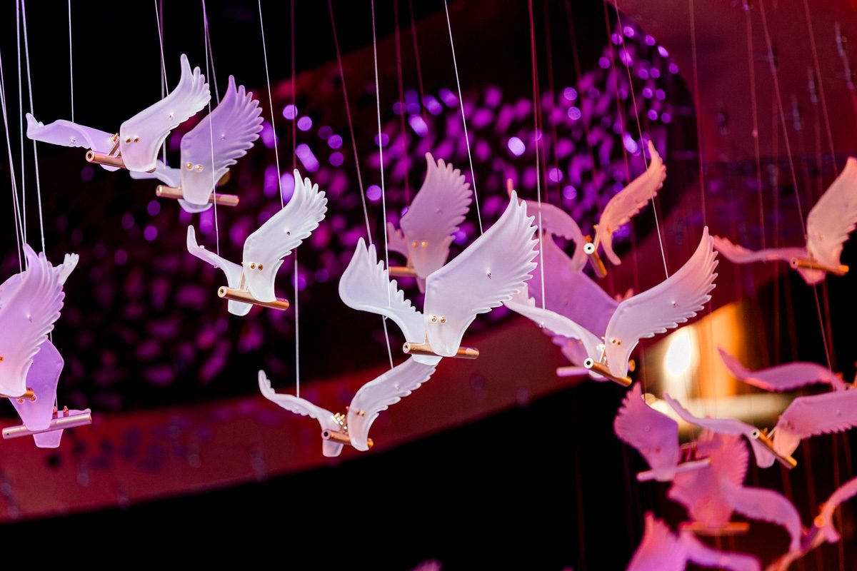 Shangrila Resorthanging Acrylic Birds and hotels oman royal wedding-5